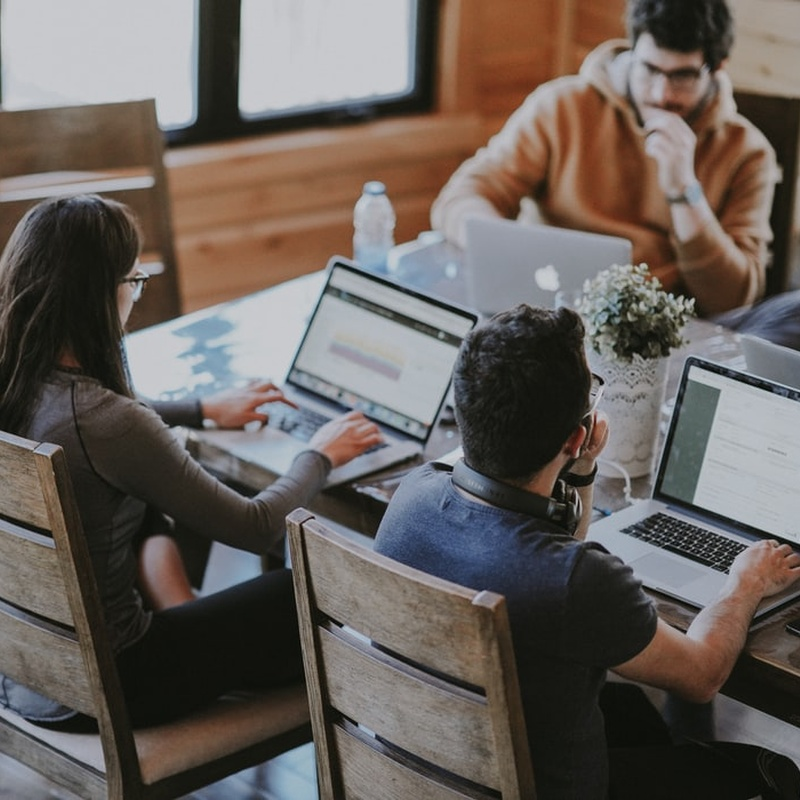 How To Manage Your Nearshore Development Team Efficiently