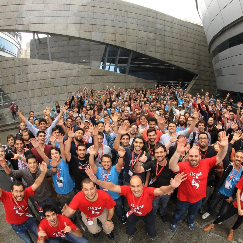 Staying Active in the Community: Sophilabs at JSConf Uruguay 2016